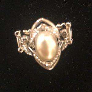 Posh white ring